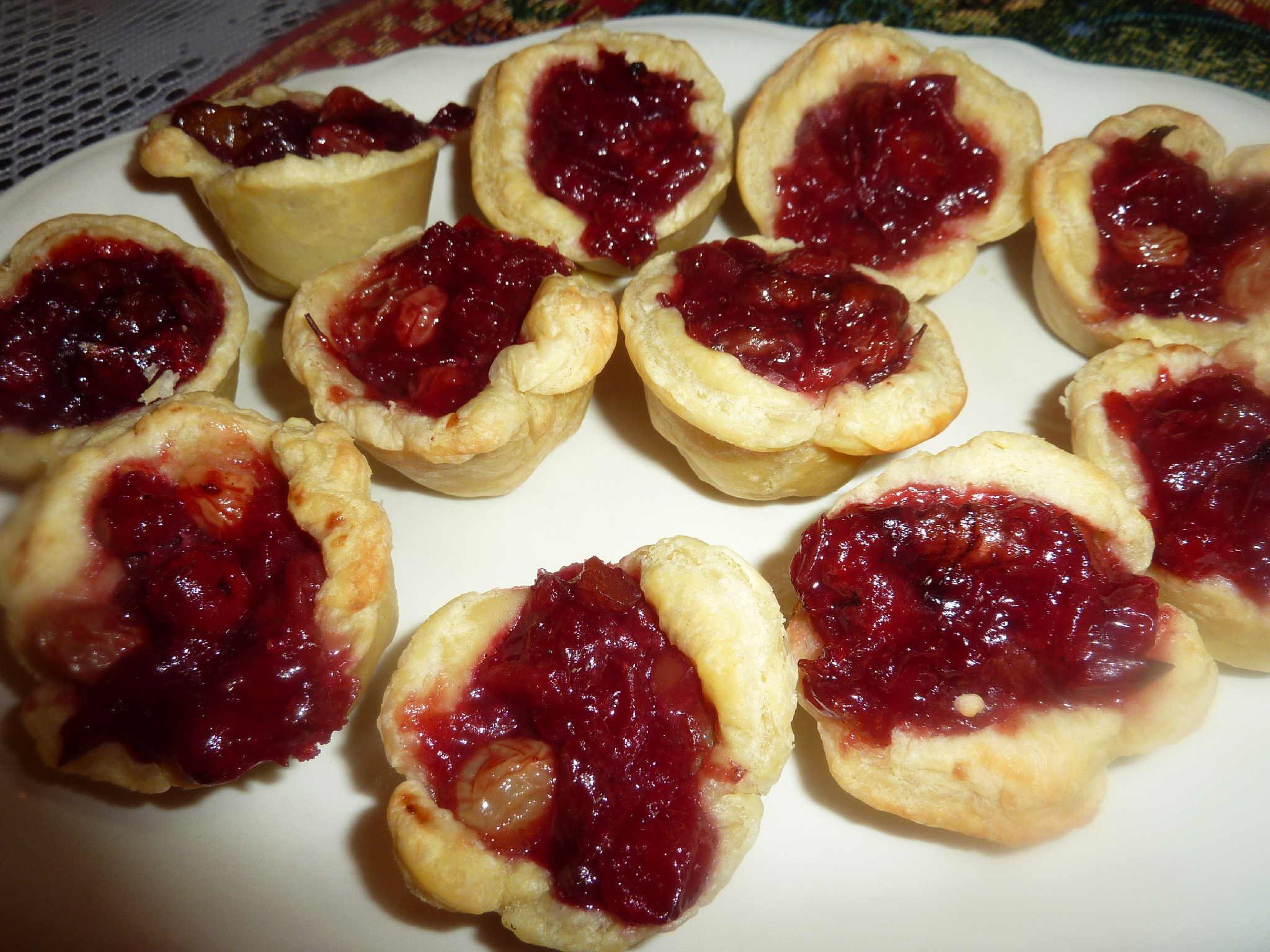 "Mini Cranberry Orange Walnut Tarts | ""Deja Vu"" Cook"